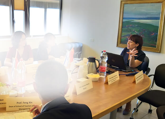 Elka Nir, CEO hosted Shanghai University of International Business and Economics (SUIBE) delegation